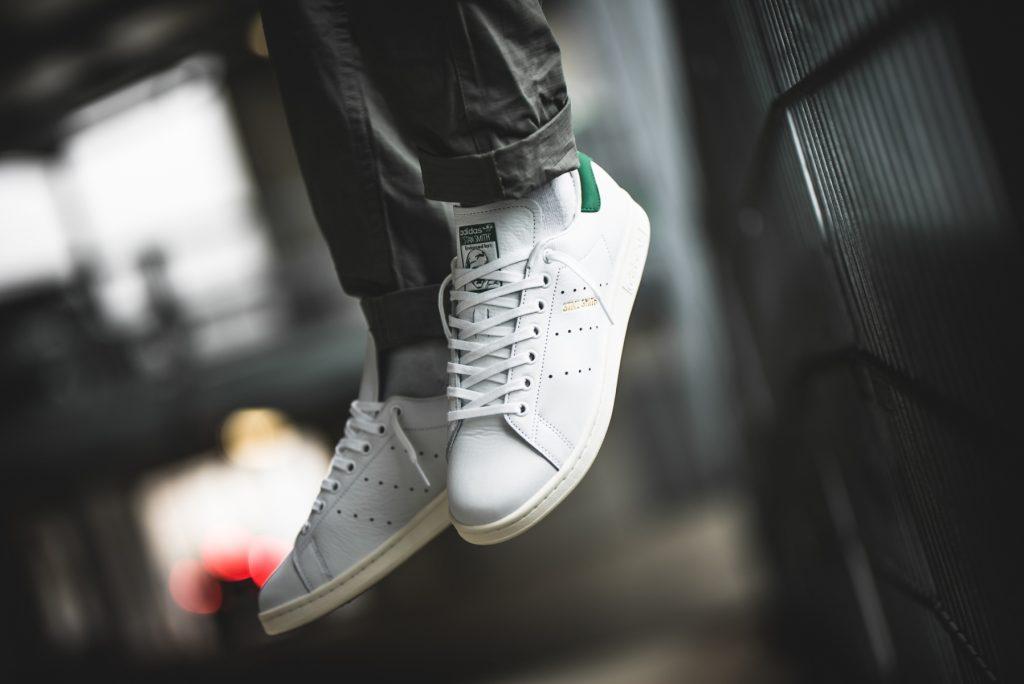 Zapatillas Adidas Perú: 8 modelos para caminar con estilo ...